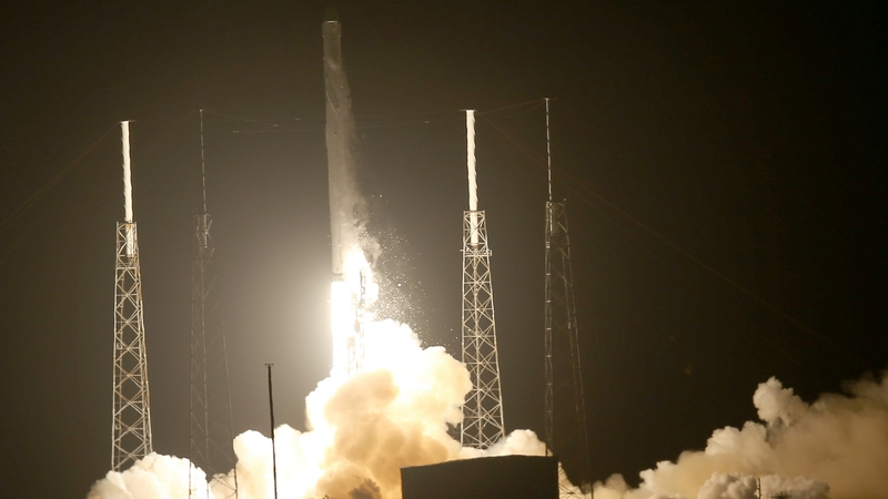 spacex successfully launched an unmanned cargo mission to resupply the international space station in september 2014