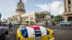 US and Cuban officials are to meet for talks next week
