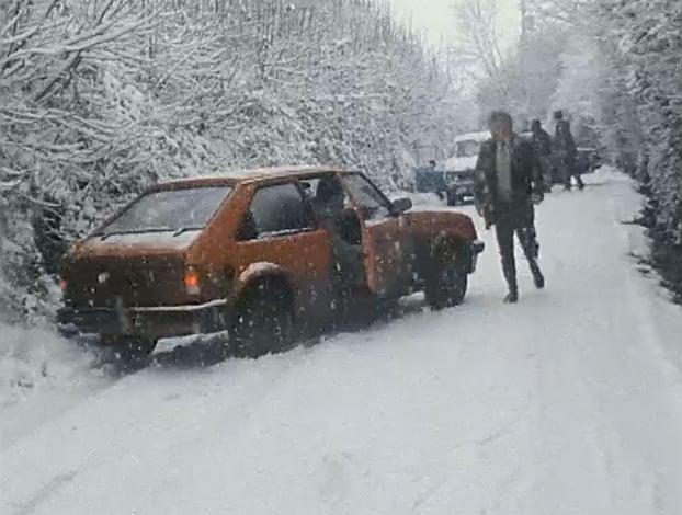 Snow (1985)