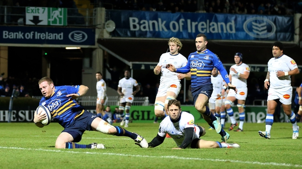 Sean Cronin was at the end of a stunning Leinster move to secure a bonus point after 40 minutes