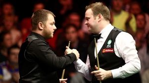 Mark Allen (L) had no answer to Shaun Murphy's fight back