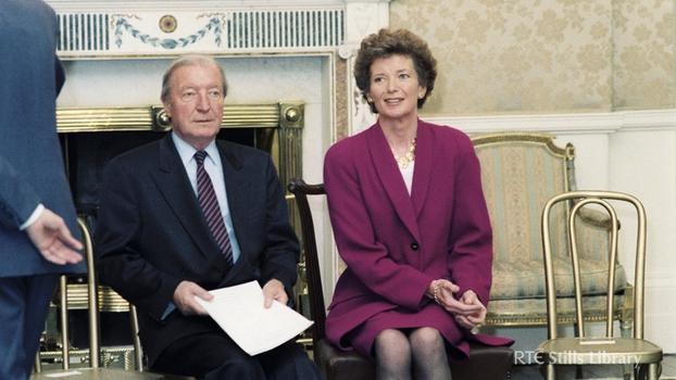 Charles Haughey and Mary Robinson at Áras an Uachtaráin (1991)