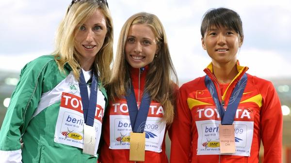 Olive Loughnane with Russia's Olga Kaniskina and China's Hong Liu