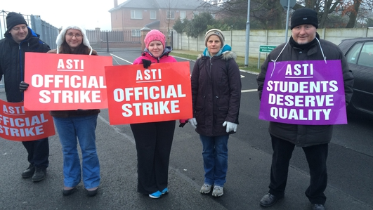 Teachers strike over Junior Cycle reform