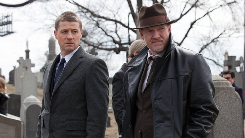 Ben McKenzie as Detective James Gordon and Donal Logue as Detective Harvey Bullock