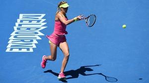 Eugenie Bouchard beat Caroline Garcia 7-5 6-0