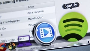 The FT has reported that Spotify has hired Goldman Sachs to raise the funding