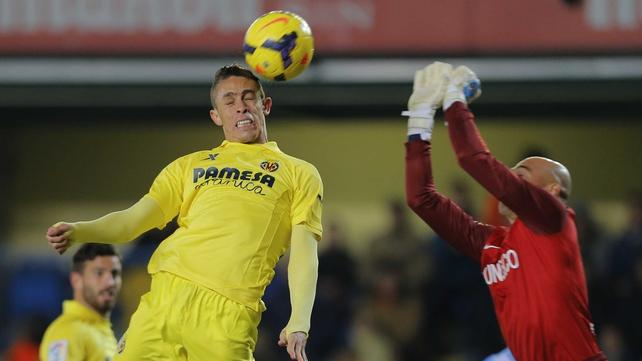 Arsene Wenger: Gabriel will dominate Premier Lge