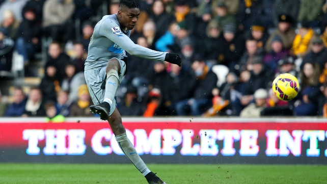 Magpies condemn Hull to another home defeat