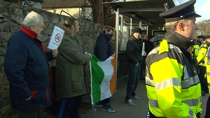 Fewer than a dozen people attended an 'Anti-Islam Ireland' protest outside the Islamic Cultural Centre