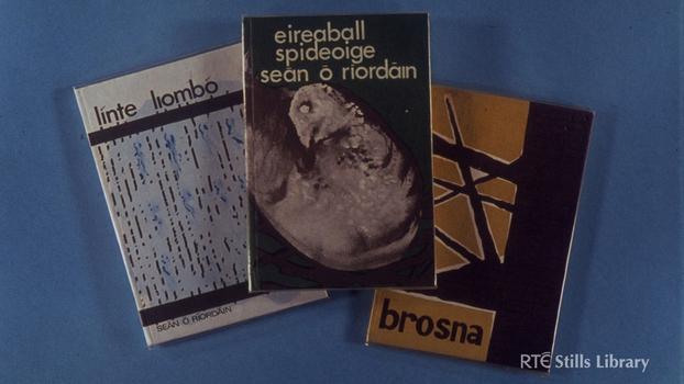 Books by Seán Ó Ríordáin