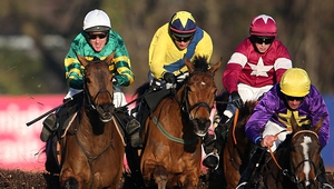 McCoy produced 4-1 chance Carlingford Lough (l) to perfection to get the better of a battle with Foxrock