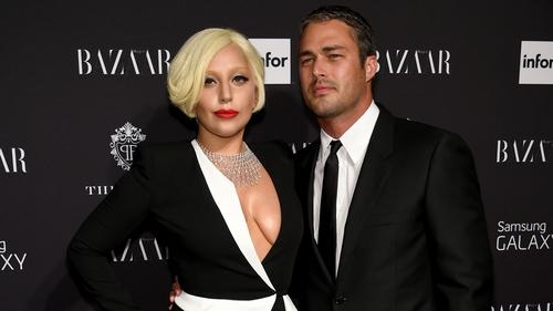 Lady Gaga Wedding.Gaga Opting For Simple And Elegant Wedding Dress