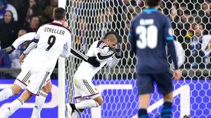 Derlis Gonzalez (C) put Basel in front