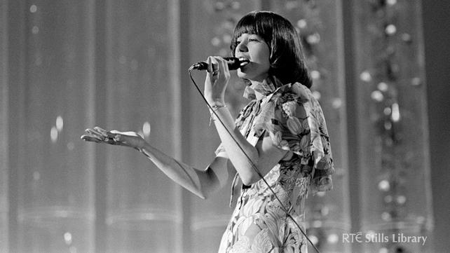 Maxi represents Ireland in Eurovision (1973)