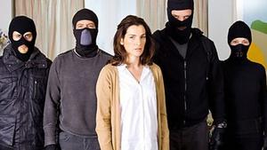 Hostages begins tonight