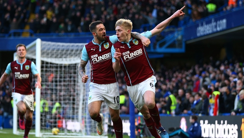Ben Mee (R) is congratulated by Danny Ings after levelling for Burnley