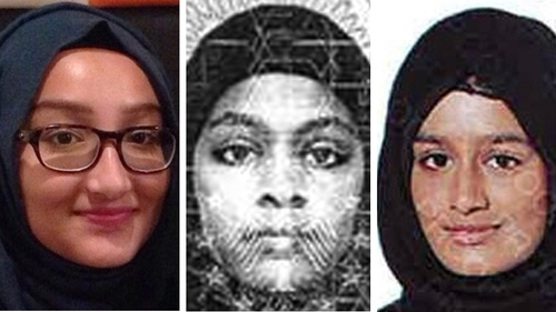 Shamima Begum (R) ran away from London with two other schoolgirls in 2015