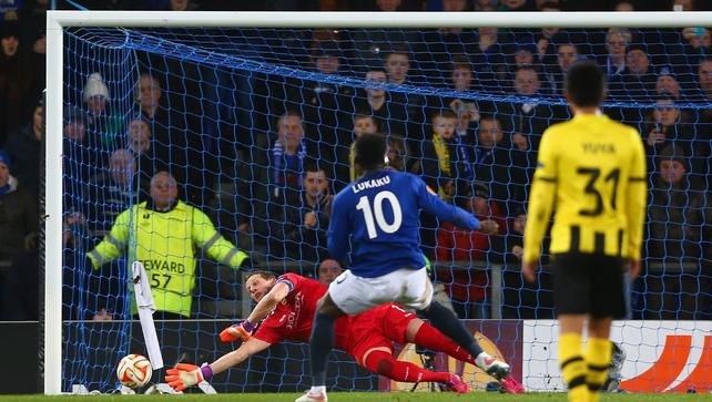 Lukaku fires Everton through in Europe