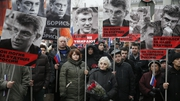 Thousands of people have gathered in Moscow to march in memory of Boris Nemtsov