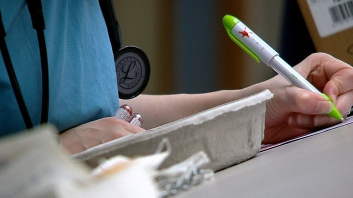 Survey suggests rise in bullying of nurses