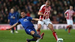 Phil Jagielka has extended his contract with Everton