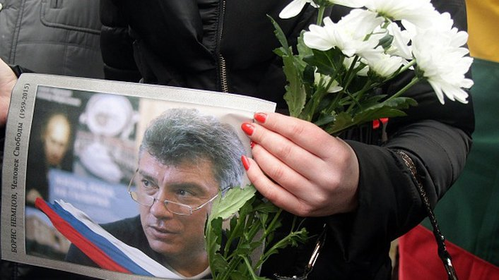 Pair charged over Nemtsov killing