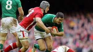 Johnny Sexton up against Jonathan Davies when Ireland and Wales last met in Cardiff two years ago