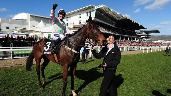 Douvan lived up to huge expectations to win the Supreme Novices' Hurdle