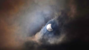 But breaks in the cloud made it possible to see the eclipse (Pic: Alan Smyth)
