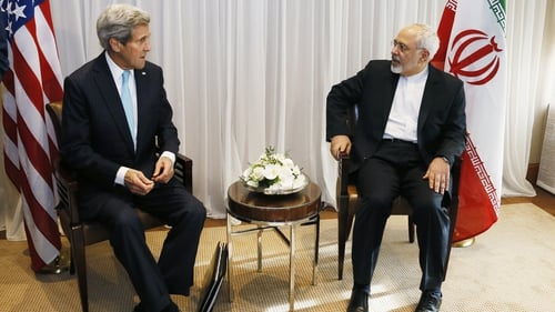 US Secretary of State John Kerry (L) and Iranian Foreign Minister Javad Zarif during previous talks over a deal on Iran's nuclear ambitions