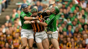 Battling Seamus Hickey and Stephen Lucey of Limerick in 2007, the year Shefflin captained Kilkenny to the All-Ireland title