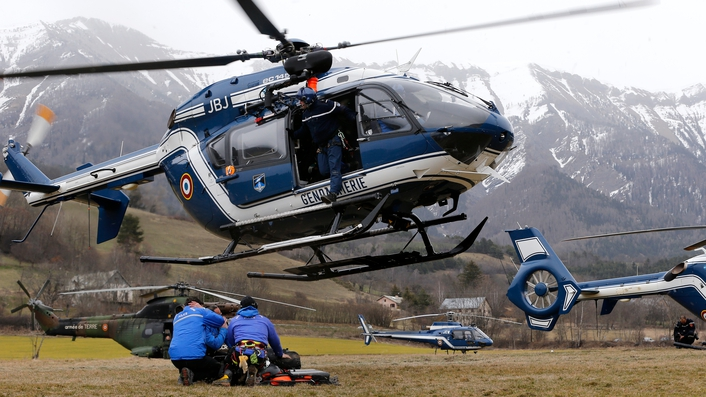 Rescue effort in Seyne-les-Alps resumes