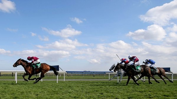 Dedigout ridden by Paul Carberry won the Keelings Irish Strawberry Hurdle