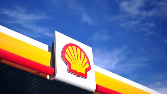Shell let go 7,500 staff and direct contractors last year