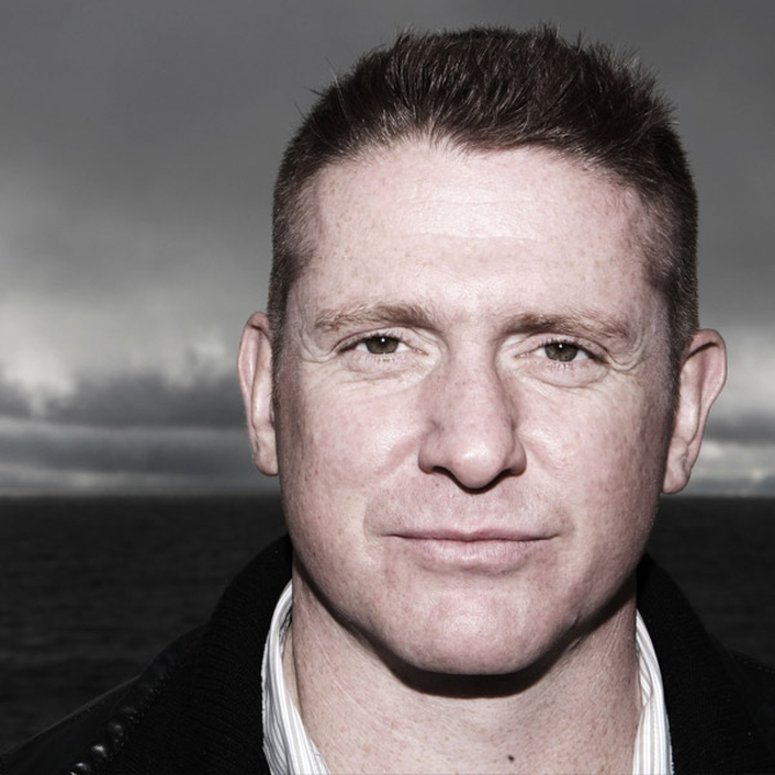 Live Music with Damien Dempsey