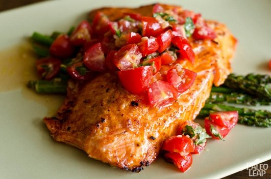 Nevens Recipes - Roast salmon with asparagus and cherry tomatoes