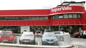 SuperValu shoppers visited the supermarket more often so far this year, with the average number of trips increasing to 22 from 20 last year