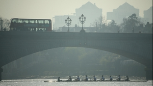 Oxford's Isis crew turn under Putney Bridge during a training outting ahead of the Men's University Boat Race on The River Thames in London