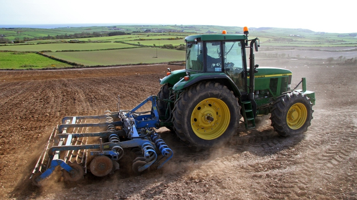 Teachers urged to promote farm safety to kids ahead of summer