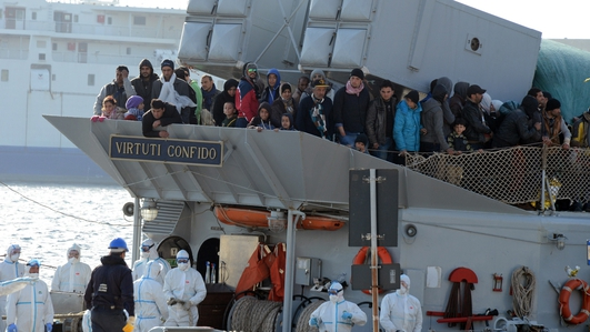 Mass drowning feared after migrant boat capsizes
