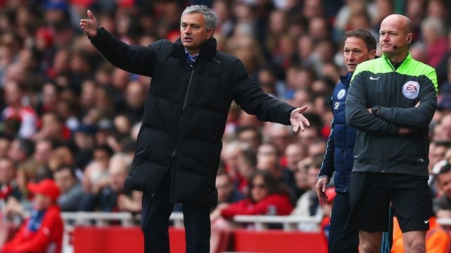 Dunphy: Insecure Mourinho has bully traits