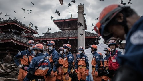 Rescuers from Japan in the historical centre of Kathmandu - Nepal says no more foreign teams are needed