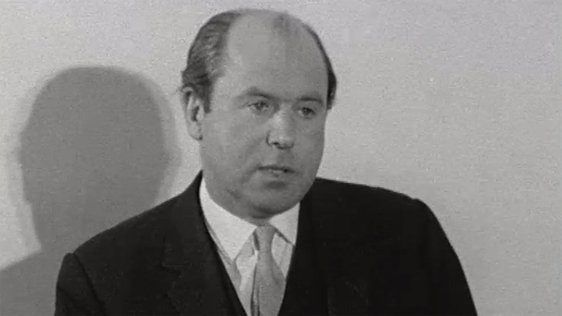 Roy Bradford speaks to the media on 23 April, 1969.
