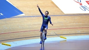 Alex Dowsett celebrates setting a new UCI Hour Record
