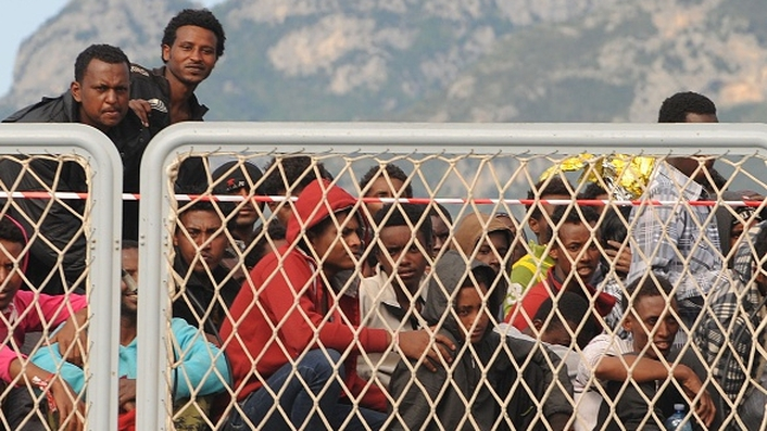 EU devises naval plan to tackle people smugglers