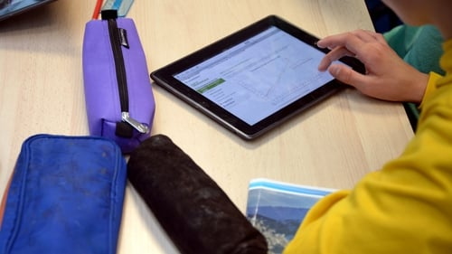 Reading on tablets may compromise ability to critically analyse texts