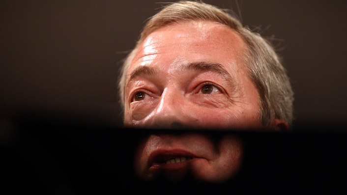 Nigel Farage 'unresigns' from UKIP