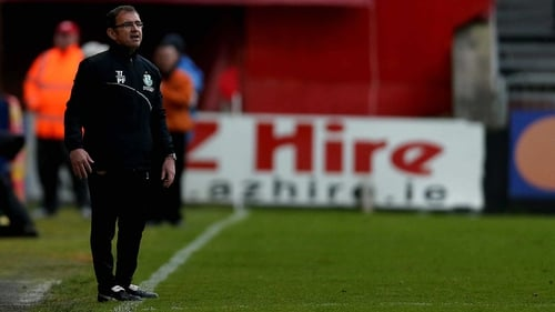 Pat Fenlon watching his side draw with St Patrick's Athletic last night