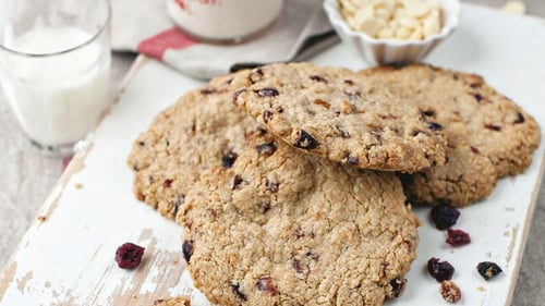 Neven Maguire's Oatmeal, Cranberry and White Chocolate Cookies